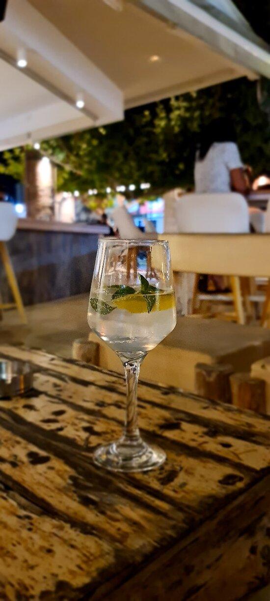 Best Gin & Tonics of Malia!