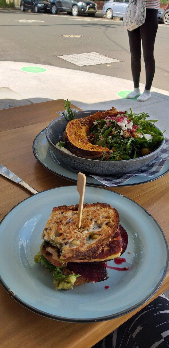 Pum[pkin salad & vego sandwich