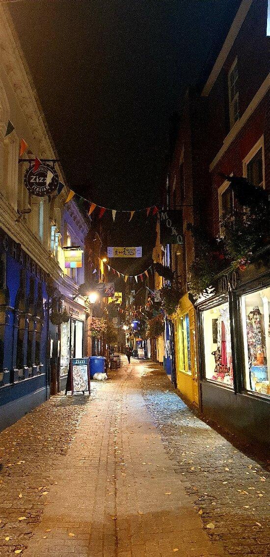 A very pretty street