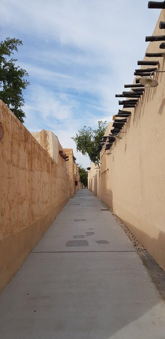Souq street