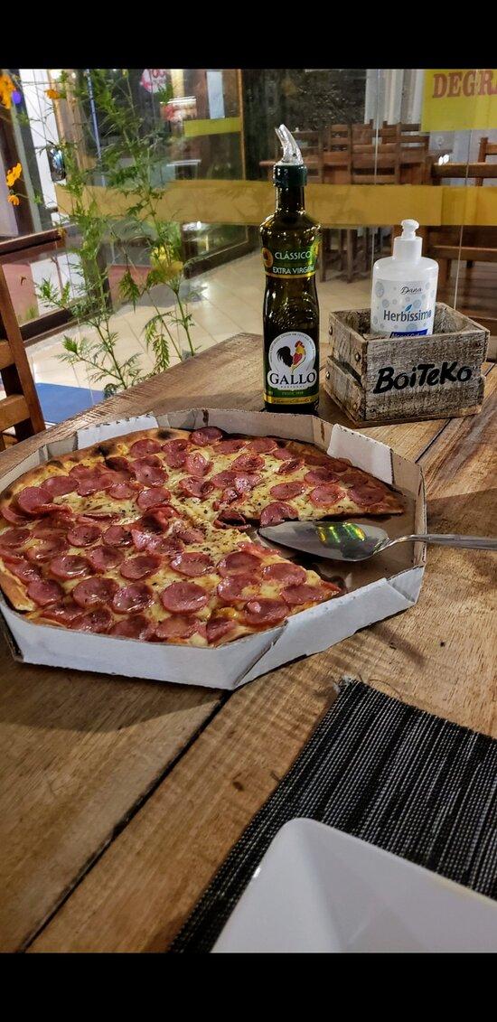 Pizzas com 8 pedaços no Boiteko!
