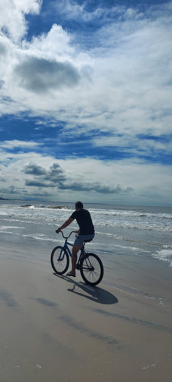 Pela praia da Fortaleza, a caminho da Fortaleza N. S Dos Prazeres @marii.castanho