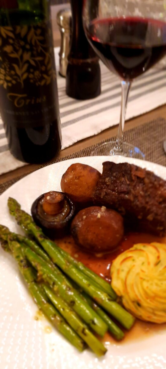 Plated and served with Trius Cabernet Sauvignon.