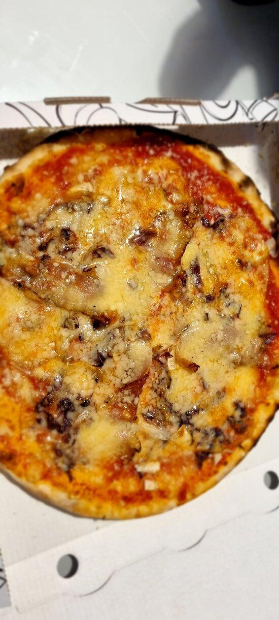Pizze e fritti da asporto... eccezionali, come mangiarli in loco.