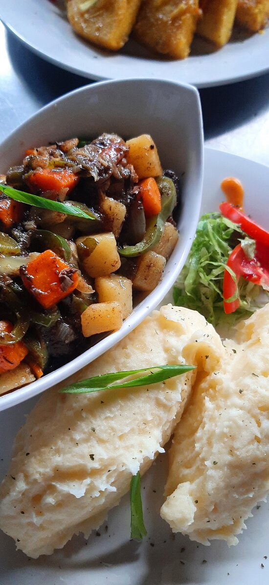Oxtail and Beans served with mash potato