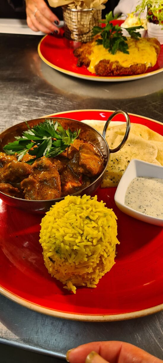 Homemade Creamy Chicken Curry