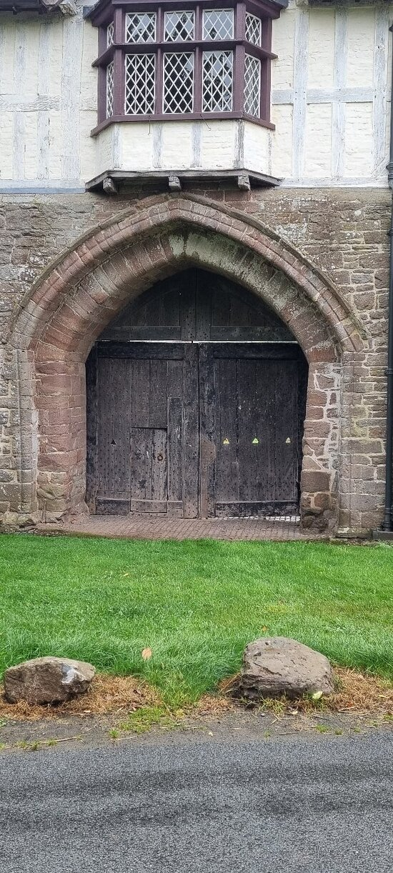 Bromfield Priory Gatehouse