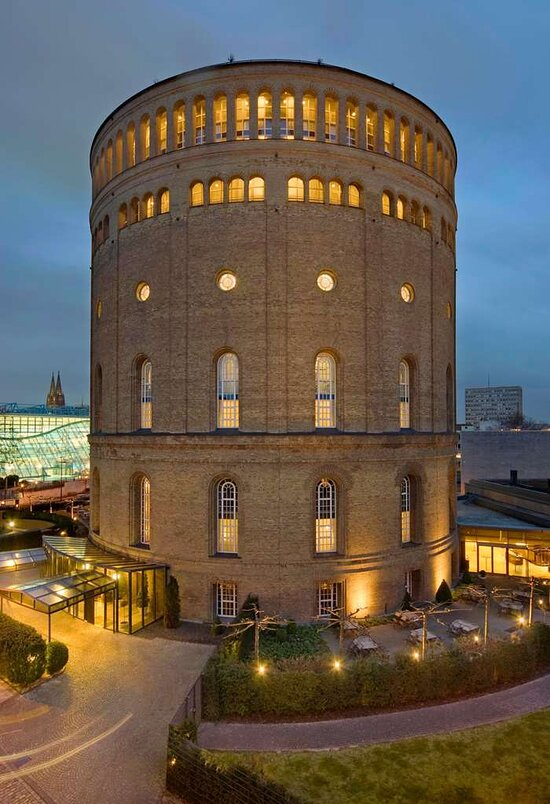 Wasserturm Hotel Cologne, Curio Collection by Hilton