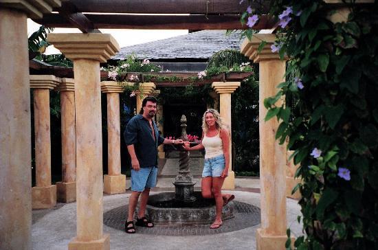 Paradisus Rio de Oro Resort & Spa: outside japeense