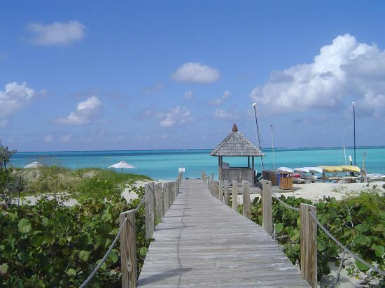 COMO Parrot Cay, Turks and Caicos: The pathway leading to the beach