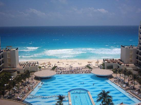 The Royal Sands Resort & Spa All Inclusive : This is the view from my balcony!!