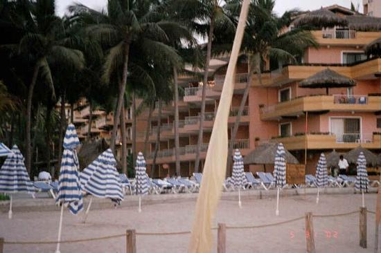 Villa del Palmar Beach Resort & Spa: View of VDP from the Ocean