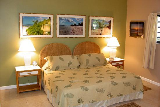 Pelican Cove Condos: Pelican Cove - 2nd Bedroom (2Twins or King Bed)