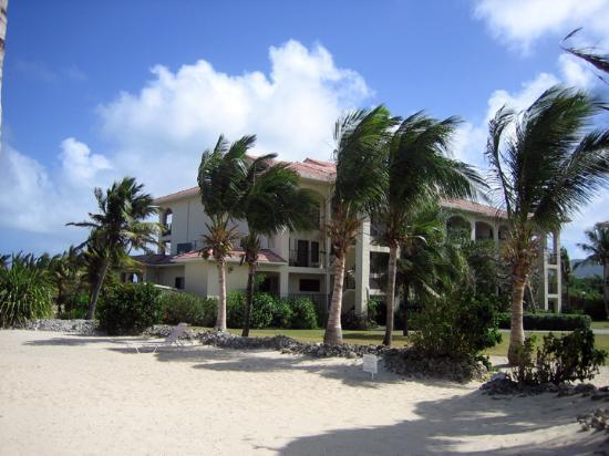 Pelican Cove Condos: Pelican Cove - View from Beach