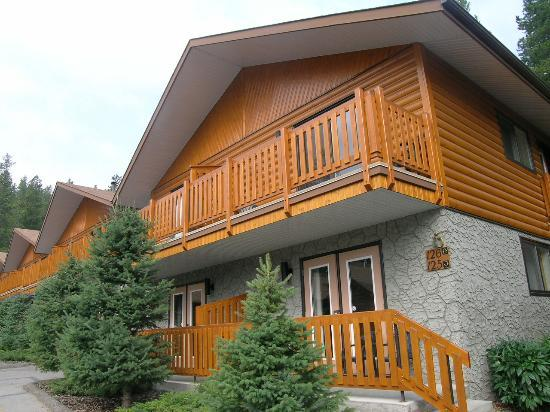 Becker's Roaring River Chalets: Our Chalet
