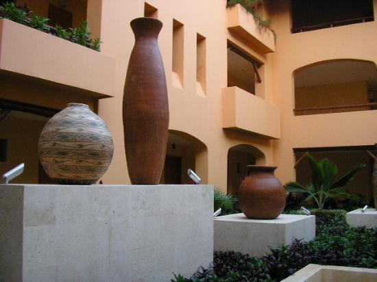 Iberostar Paraiso Lindo : pottery