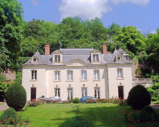 Manoir du Grand Echeneau: Our First sight of the Manoir