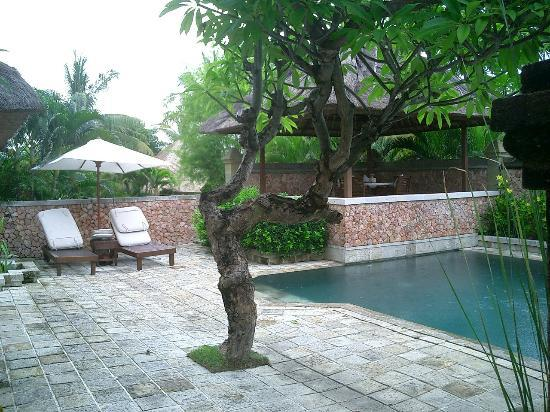 The Oberoi, Lombok: Garden villa and pool.