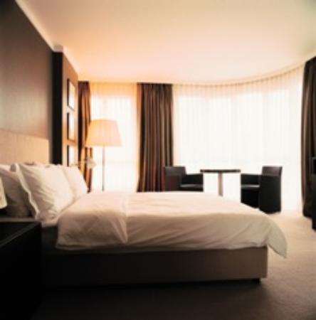 Bentley by Molton Hotels: Corner Room