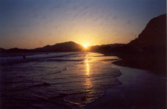 جران فيستيفال أول انكلوسف ريزورت: sunset