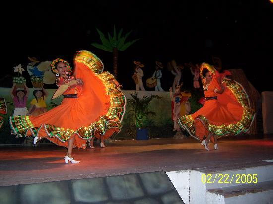 Moon Palace Cancun: Dinner show