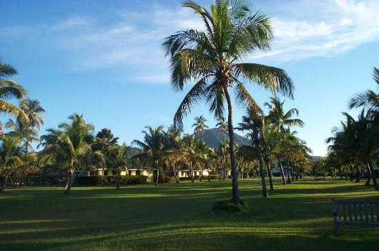 Nisbet Plantation Beach Club: Mount Nevis from Nisbeth