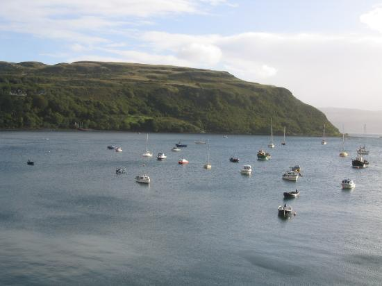 Harbour Lodge: View from our window over Portree Harbor