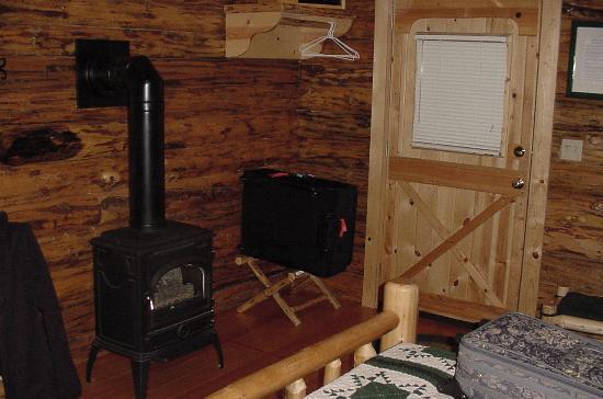 Silverwolf Log Chalet Resort Photo