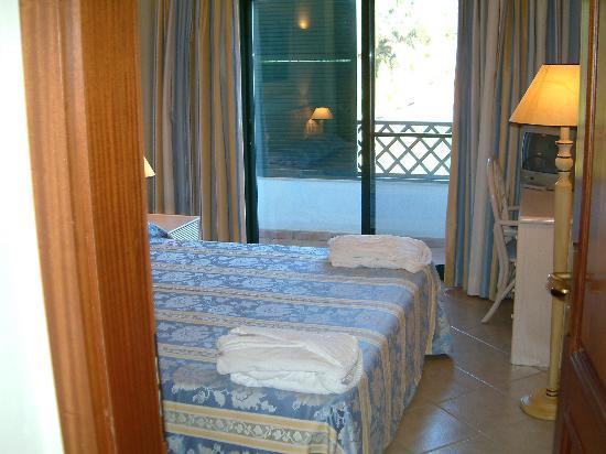 Almancil, โปรตุเกส: Master bedroom