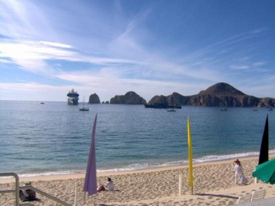 Villa del Palmar Beach Resort & Spa Los Cabos: View from beach.
