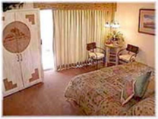 Apple Orchard Inn : Our room