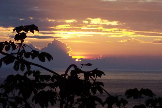 Hotel Costa Verde: Sunset from CVII Deck