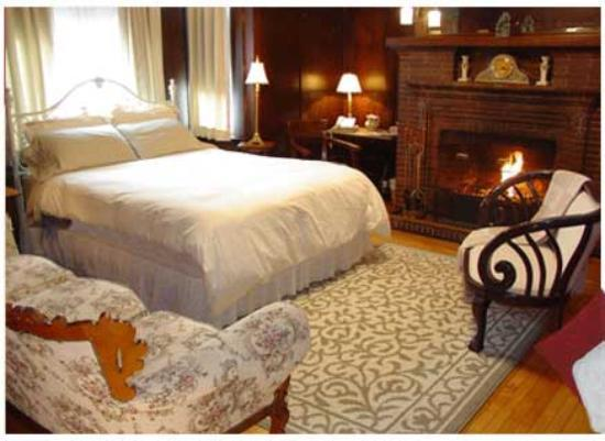 Banberry House Bed and Breakfast: Labrador Room