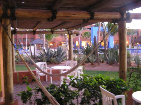 Holiday Inn Resort Los Cabos All-Inclusive: Personal Patio w/ ground floor rooms