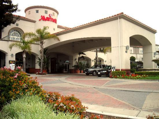 San Mateo Marriott Francisco Airport Hotel Exterior And Front Entrance