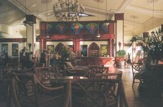 ClubHotel Riu Negril: Part of the main lobby area