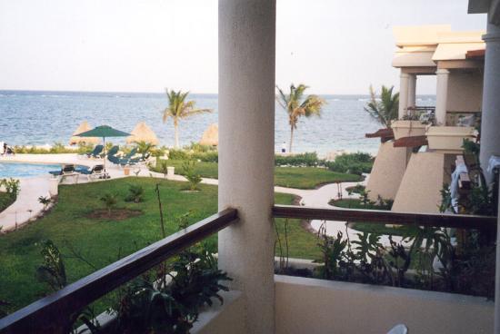 Club Paraiso Maya: View from the balcony.