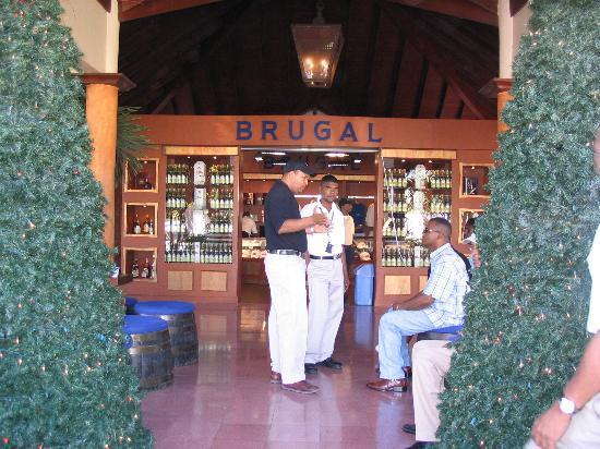 Puerto Plata Village: Rum Factory