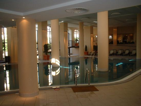 The Residence: indoor pool