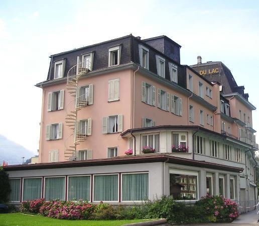 Hotel Du Lac Rear