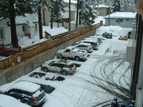 Rodeway Inn Casino Center: heavy snow at last- the car park out back