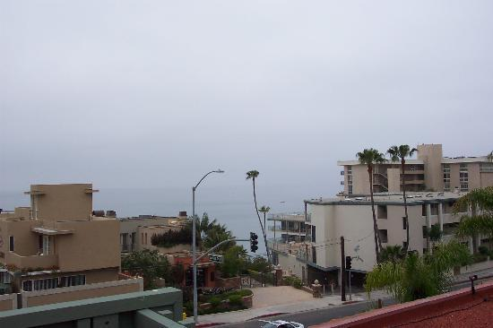 BEST WESTERN PLUS Laguna Brisas Spa Hotel: View of the ocean from the terrace