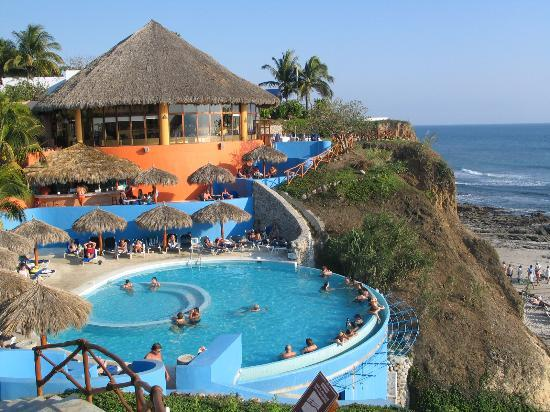 Grand Palladium Vallarta Resort & Spa: the adult pool, nice and quiet and great view