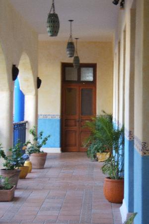 Hotel Medio Mundo: Hotel MedioMundo-Loggia