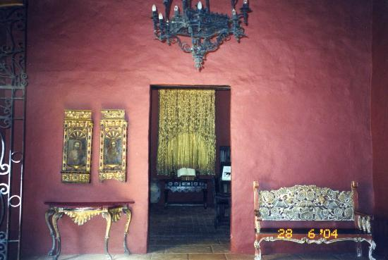 Sofitel Legend Santa Clara: Reception in Colonial area