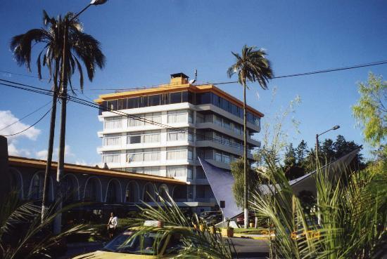 Hotel Quito's façade