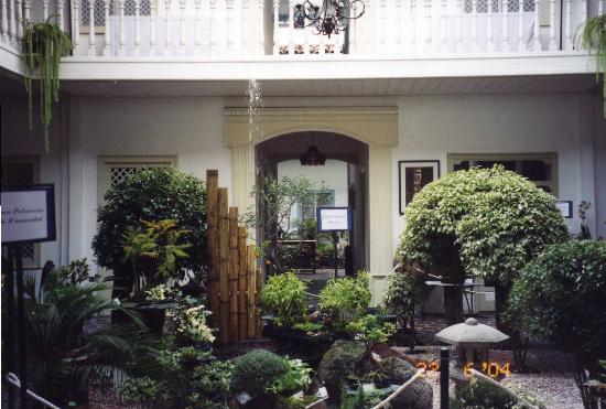 Hotel Inca Real: Lobby's winter garden