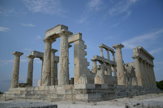 Agia Marina, Grecia: Aphia Temple at island summit
