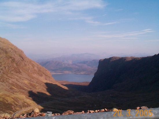 Clisham Guest House: The drive to Applecross from Lochcarron