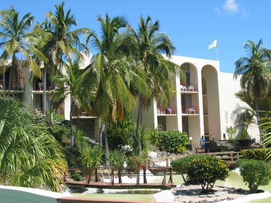 Hotel on the Cay Photo